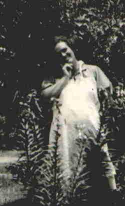 Gladys <i>Larimore</i> Brooks