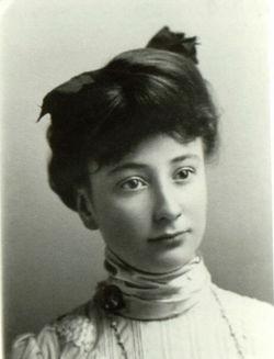 Eva Ruth <i>Schlange</i> Thompson
