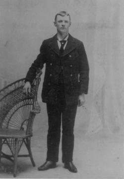 Thomas W Evans