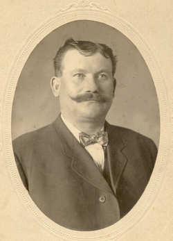 Leopold E. Glowienke
