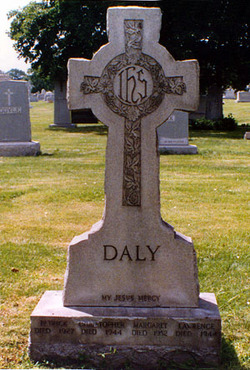 Lar America First Daly