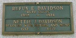 Rufe Davis