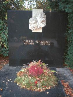 Curd J�rgens
