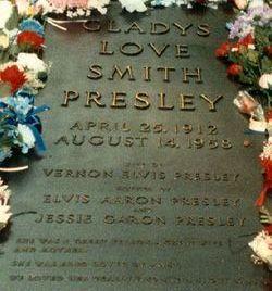 Gladys Love <i>Smith</i> Presley