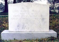 Lieut Lewis Burwell Puller, Jr