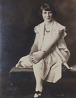 Ada Louise Hicks