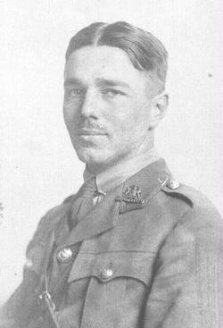 Lieut Wilfred Edward Salter Owen