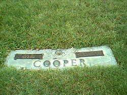 Idyl Darryl <i>Loving</i> Cooper