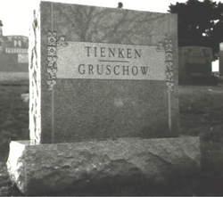 Dorothy Emma <i>Tienken</i> Gruschow