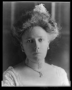 Helen Nellie <i>Herron</i> Taft
