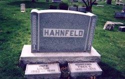 Lillie <i>Etchen</i> Hahnfeld