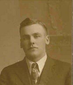 Walter H Gruber