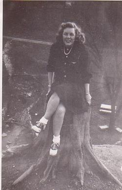Betty Mae <i>Haynam</i> Shaw
