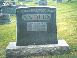 Ellis R Anders