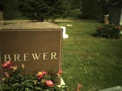 Benjamin F Brewer