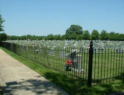 Lakeside Cemetery
