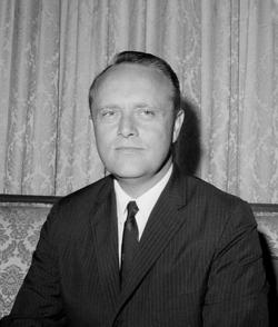 Edward Thompson Ned Breathitt, Jr