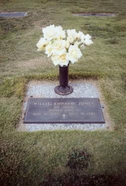 Willie Edward Puddin' Head Jones