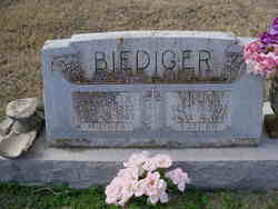 Elizabeth Biediger