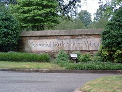 Memorial Park South Woods Cemetery