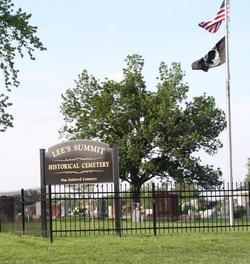 Lee's Summit Historical Cemetery