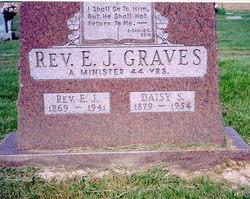 Stella Daisy <i>Sowers</i> Graves