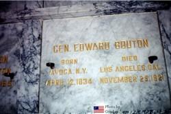 Edward Bouton
