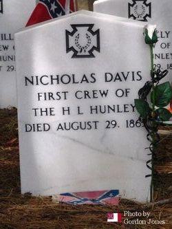 Smn Nicholas Davis