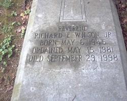 Rev Richard E Wilson, Jr