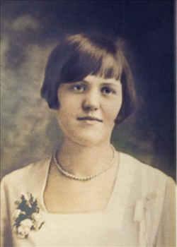 Gilletta Gertrude <i>Gillette</i> Lawrence
