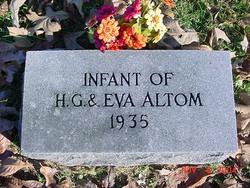Infant Altom