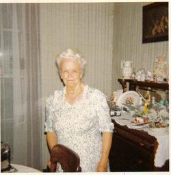 Mary Alice <i>Smith</i> Lund