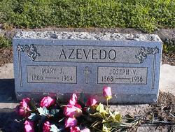 Mary J. Azevedo