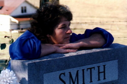 Anna Mae <i>Leach</i> Smith