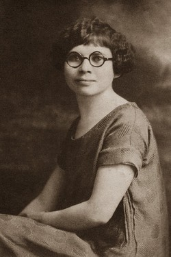 Roberta Mae <i>Newman</i> Burton