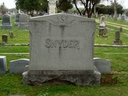 Ollie <i>Snyder</i> Jones