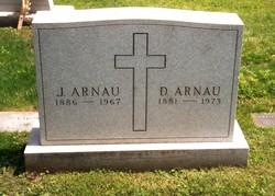 Jeanne <i>Rigaut</i> Arnau