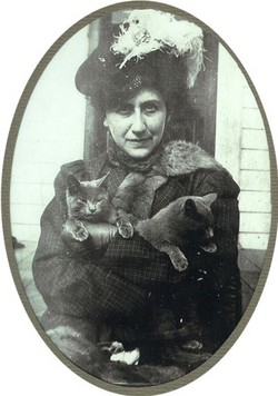 Minnie Florence <i>Schoenberger</i> Beaton