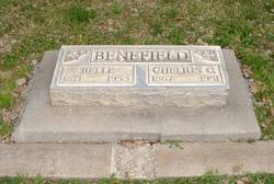 Mary Belle <i>Woodlee</i> Benefield