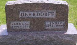 Verne G Deardorff