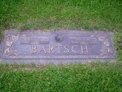 Ruth M Bartsch