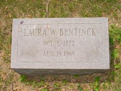 Laura <i>Wellenkamp</i> Bentinck