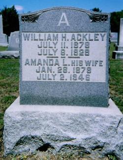 Amanda Lucienda <i>Bailey</i> Ackley Hoey