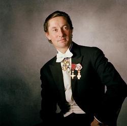 Henning Kronstam