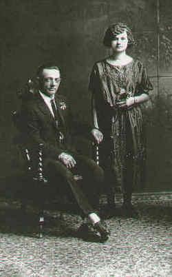 Gladys Esther <i>Messick</i> Zentz