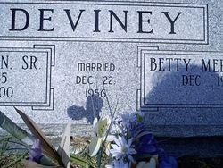 Betty M <i>Boren</i> Deviney