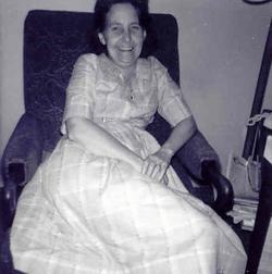 Elsie Evelyn <i>Sundberg</i> Nielsen