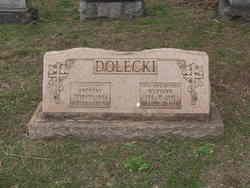 MaryAnn <i>Stawialski</i> Dolecki