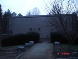 Monticello Memorial Park