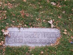 Della <i>Casey</i> Decker